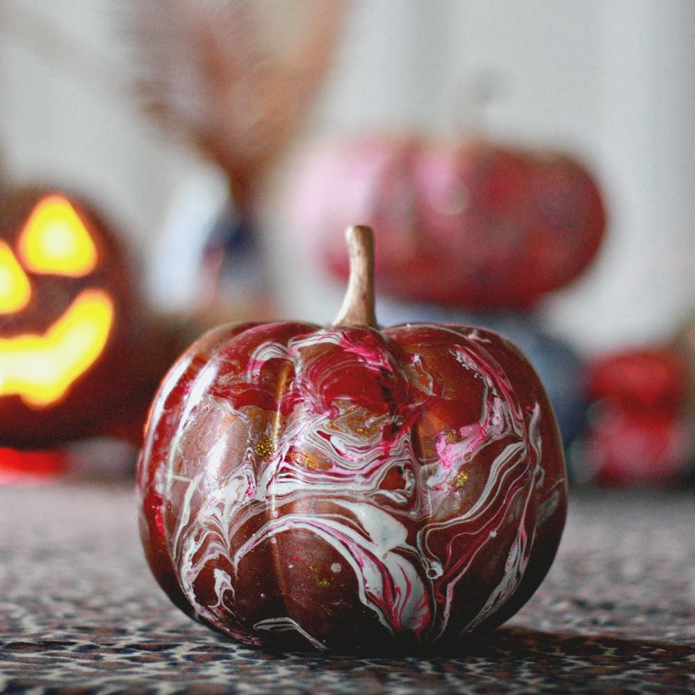 Marbleized Pumpkins Aunt Peaches