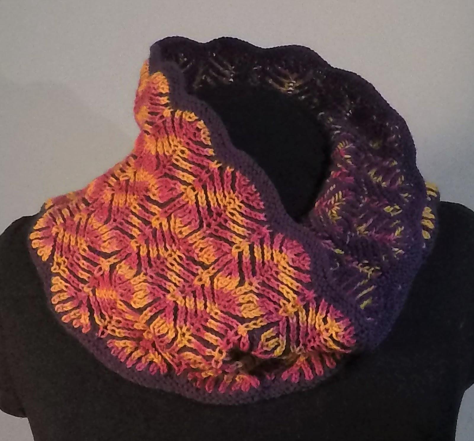 Knitting Emporium: How to knit decreases in brioche stitch when ...