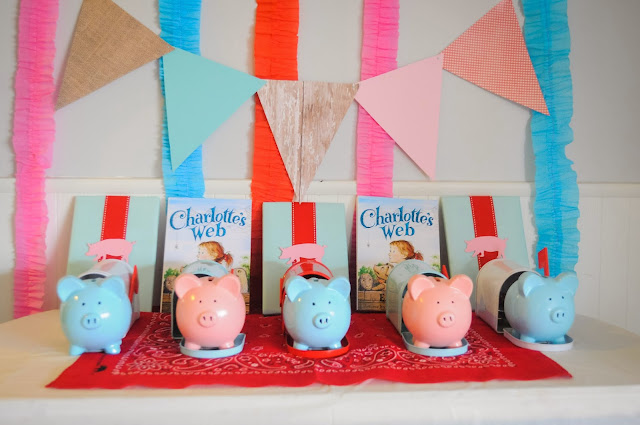 favors for a Charlotte's Web birthday party