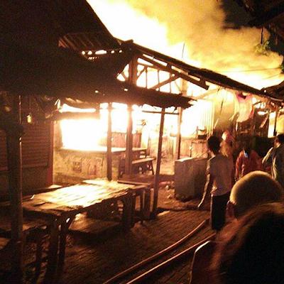 kebakaran-pasar-waru