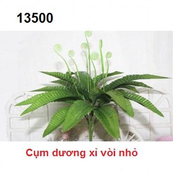Phu kien hoa pha le o Dong Mai