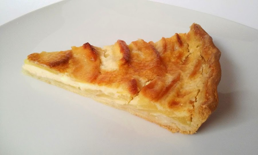 porcion de tarta de manzana