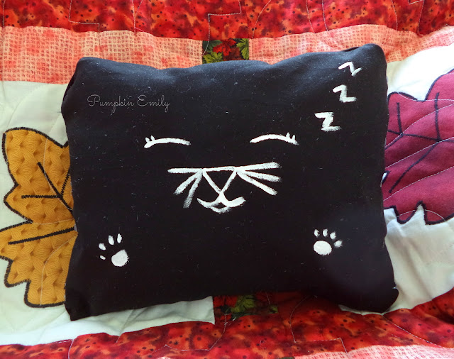 DIY Black Cat Pillow