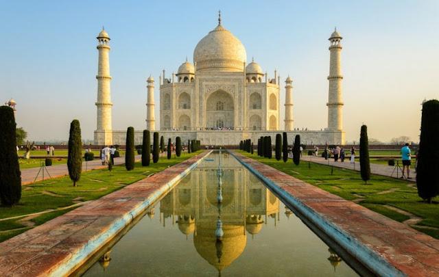 Kunjungi Taj Mahal pada bulan Purnama