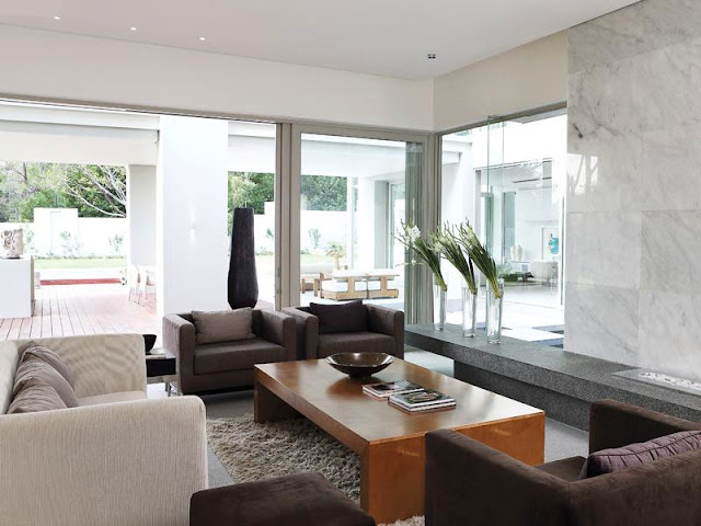Modern living room of Modern Luxury House In Johannesburg