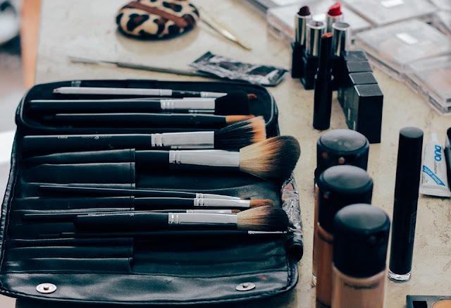 How To Make A Distinctive Makeup