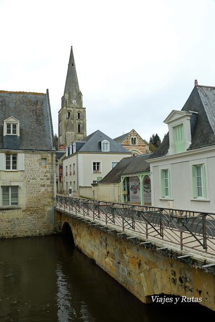 Iglesia Saint Jean Baptiste, Langeais, Valle del Loira, Francia