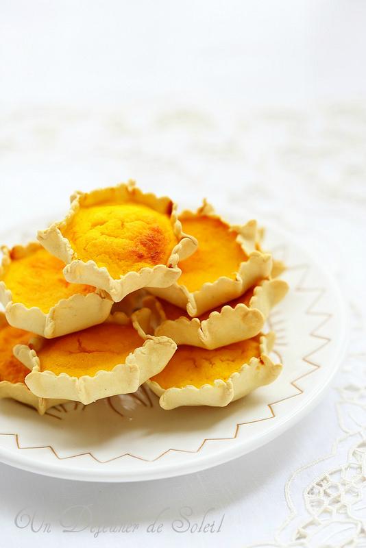 Pardulas ou formagelle, tartes ricotta, citron et safran