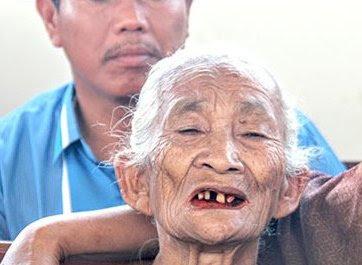 Ratapan Nenek 92 Tahun : Jangan Sidang Lagi Aku Pak Hakim, Aku Sudah Tua, Aku Capek.