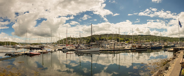 Photo of Tarbert in the sunshine
