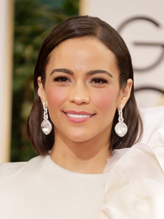 Paula Patton in white diamond and moonstone earrings from David Yurman High Jewelry