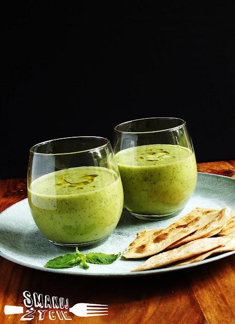 Zielone gazpacho z nutką mięty