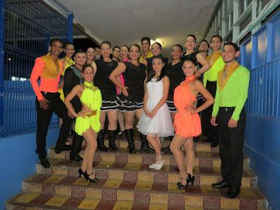 bailarines corporación artística chocolate