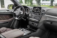 2017 Mercedes GLS 24