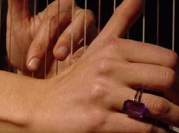 Punteando y tocando las nalgotas de una madura en mezclilla - 3 part 6