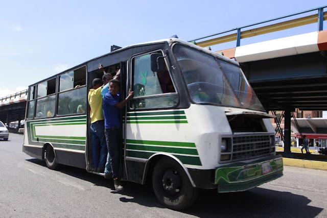Más de Bs 250.000 gastan pasajeros cada semana con la nueva tarifa