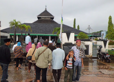 Paket Wisata Ziarah Wali 5 Jawa Timur | Malang, Kediri, Blitar, Tulungagung