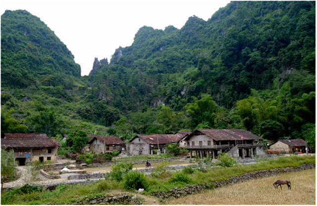 Nhà người Tày Cao Bằng