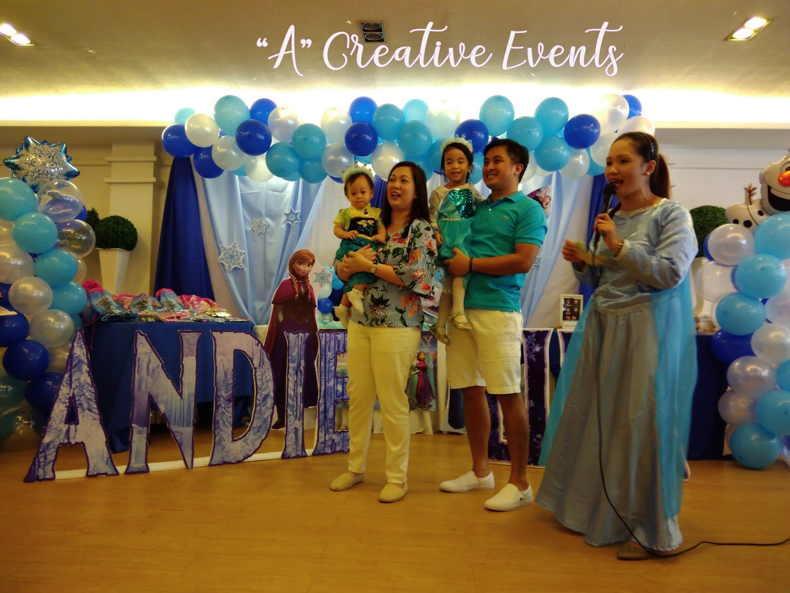 Andie and Lila's Frozen Themed Party at YUMMY - Davao City