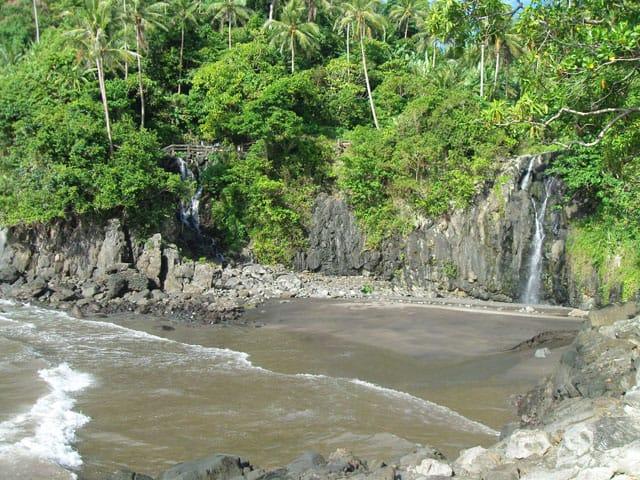 Free Flowing Waterfalls to Bugsukan Beach