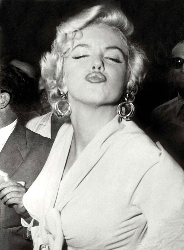 Marilyn Monroe Living Room Decor: Marilyn Monroe: 50 Year Anniversary