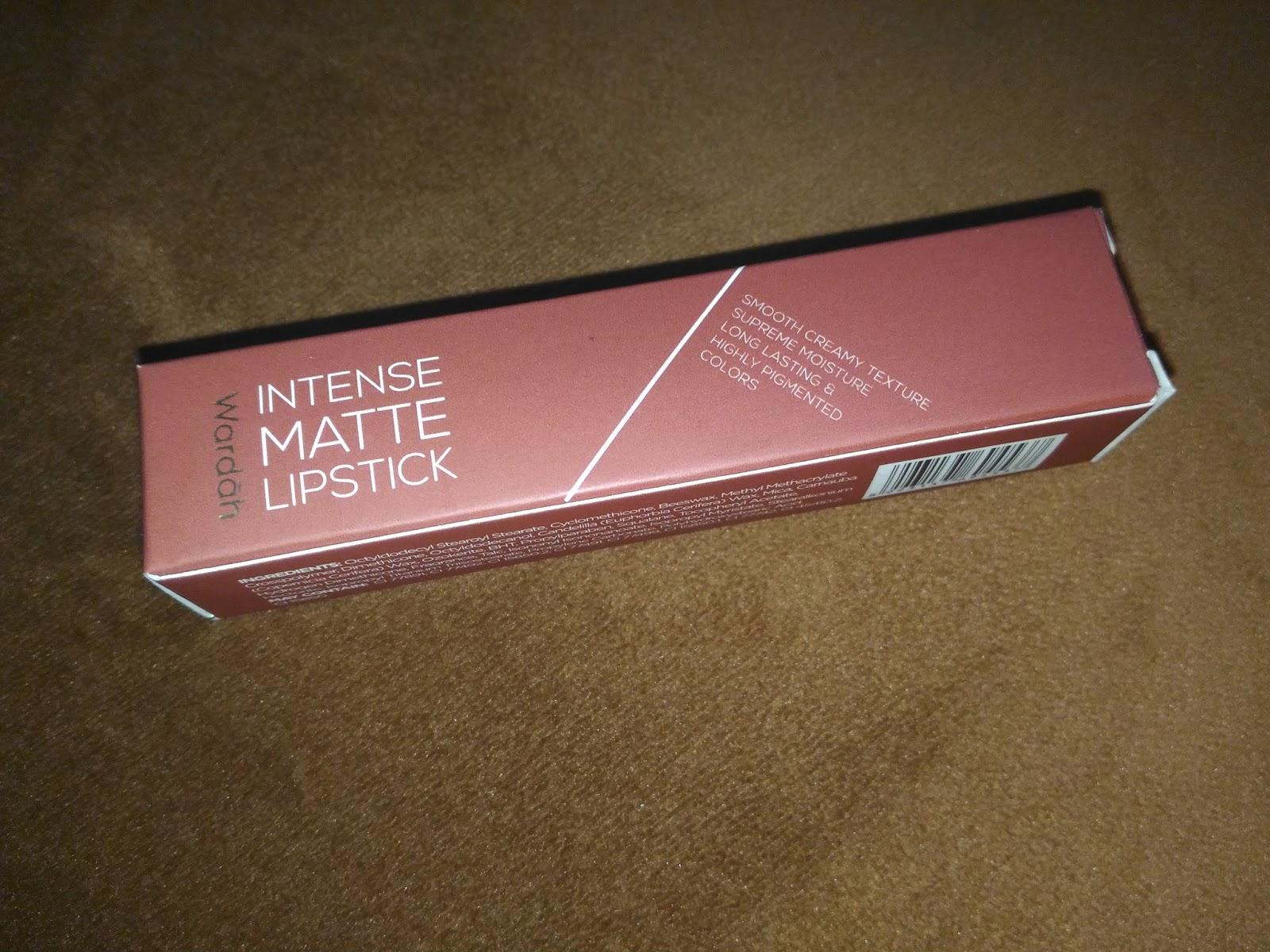 Review Wardah Intense Matte Lipstick Easy Brownie Beauty Fun Lipstik Dari Segi Packaging Menurut Aku Seri Ini Punya Luar Yg Paling Menarik Diantara Lipstik2 Lain Dus Luarnya Cantik Banget Dan Warnanya