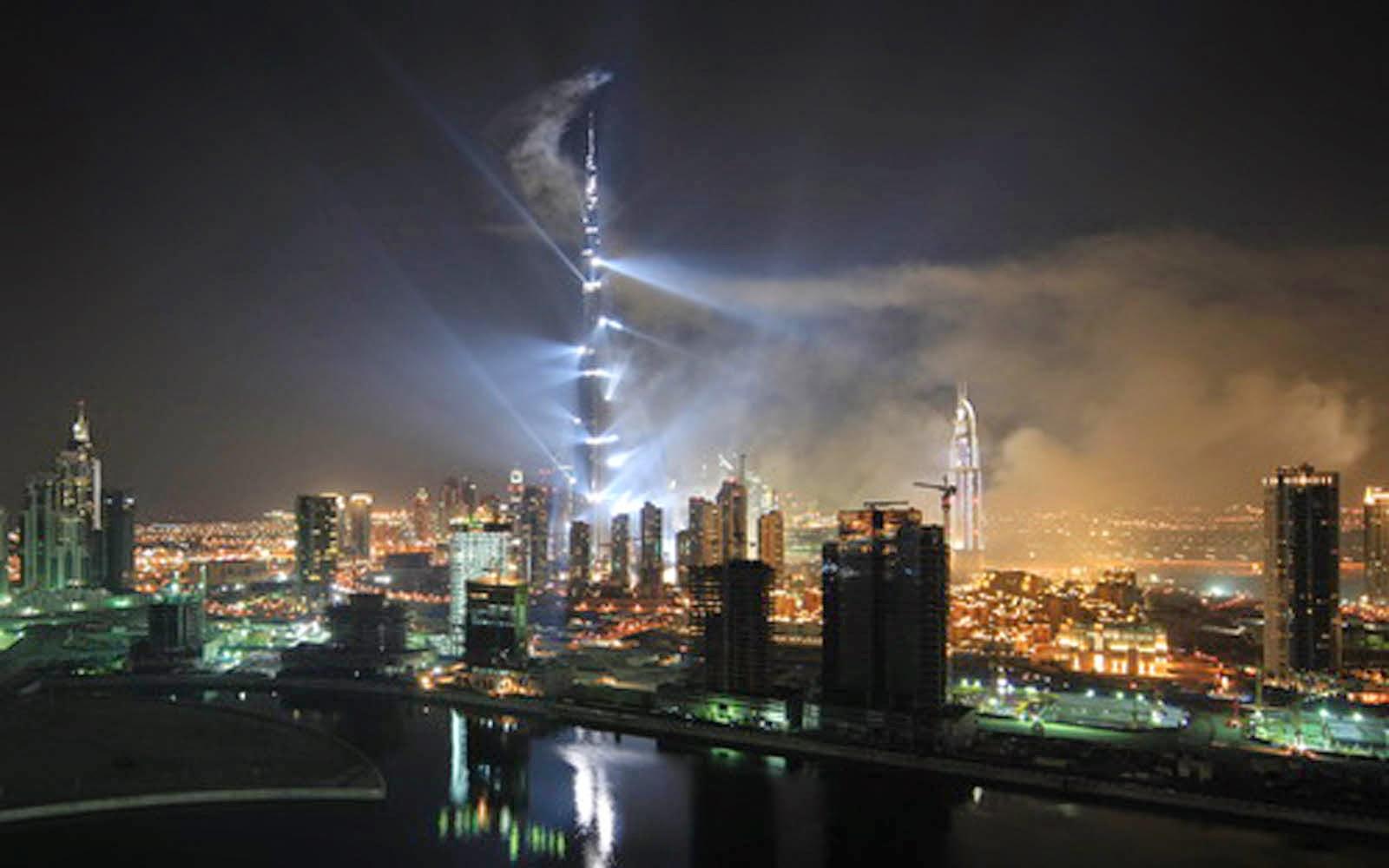 Burj Khalifa Hd Photos: HD Wallpapers: Burj Khalifa Wallpapers At Night