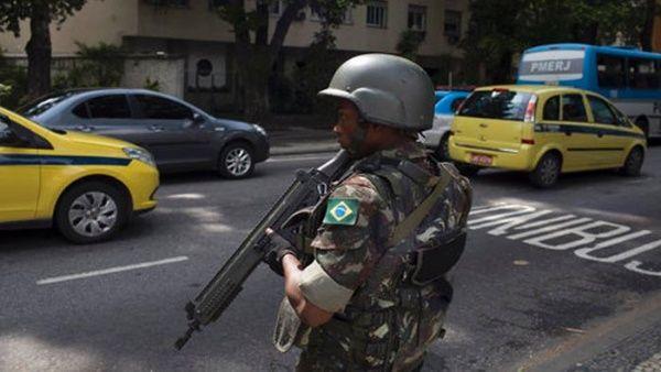 Jefe de campaña: Militarización busca resucitar imagen de Temer