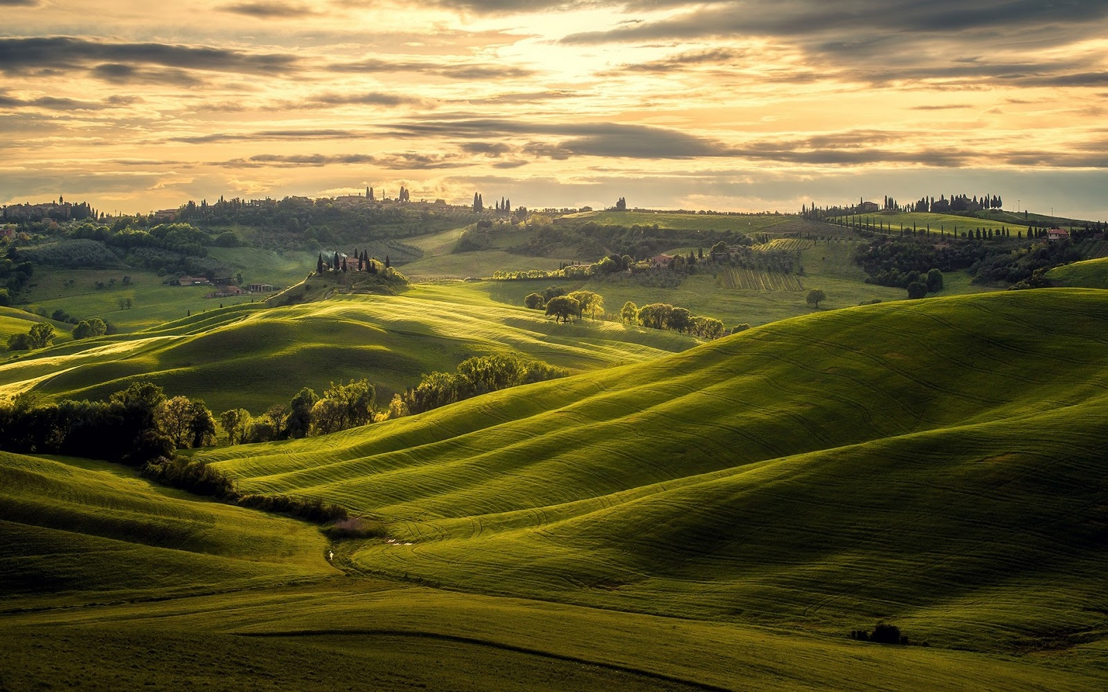 Tuscany Nature Landscape Wallpaper