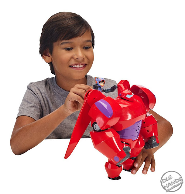 Bandai Big Hero 6 Flame-Blast Flying Baymax 10-inch Figure