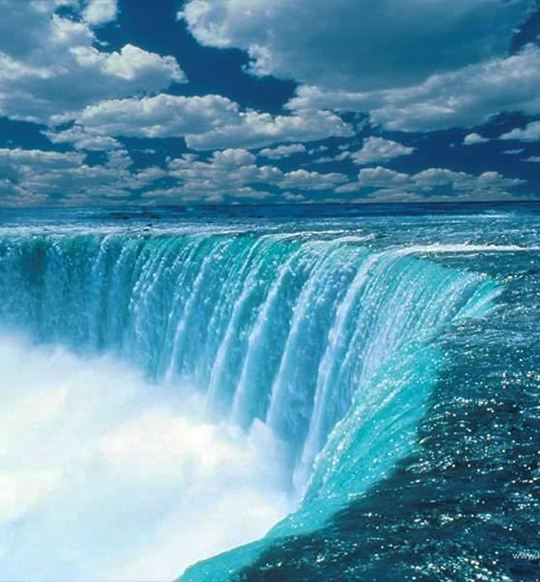 Niagara Falls (Cayuga: Gahnawehtaˀ or Tgahnawęhta) is the collective name for three waterfalls that straddle the international border between the Canadian province of Ontario and the U.S. state of New York. They form the southern end of the Niagara Gorge.