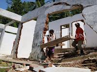 Tanah Gerak Rusak Enam Rumah Warga Krajan Pacitan