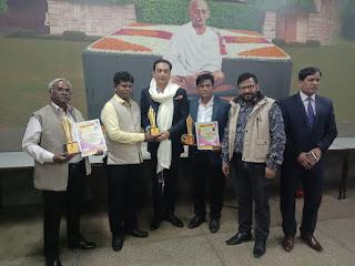 मंच का 28 वाँ वार्षिक साहित्य उत्सव ऐतिहासिक गांधी पीस फाउंडेशन सभागार में ये आयोजन कर भारत ही क्या विश्व भर में साहित्य का गौरव बढाने व उसे सँजोये रखने का संदेश दिया है