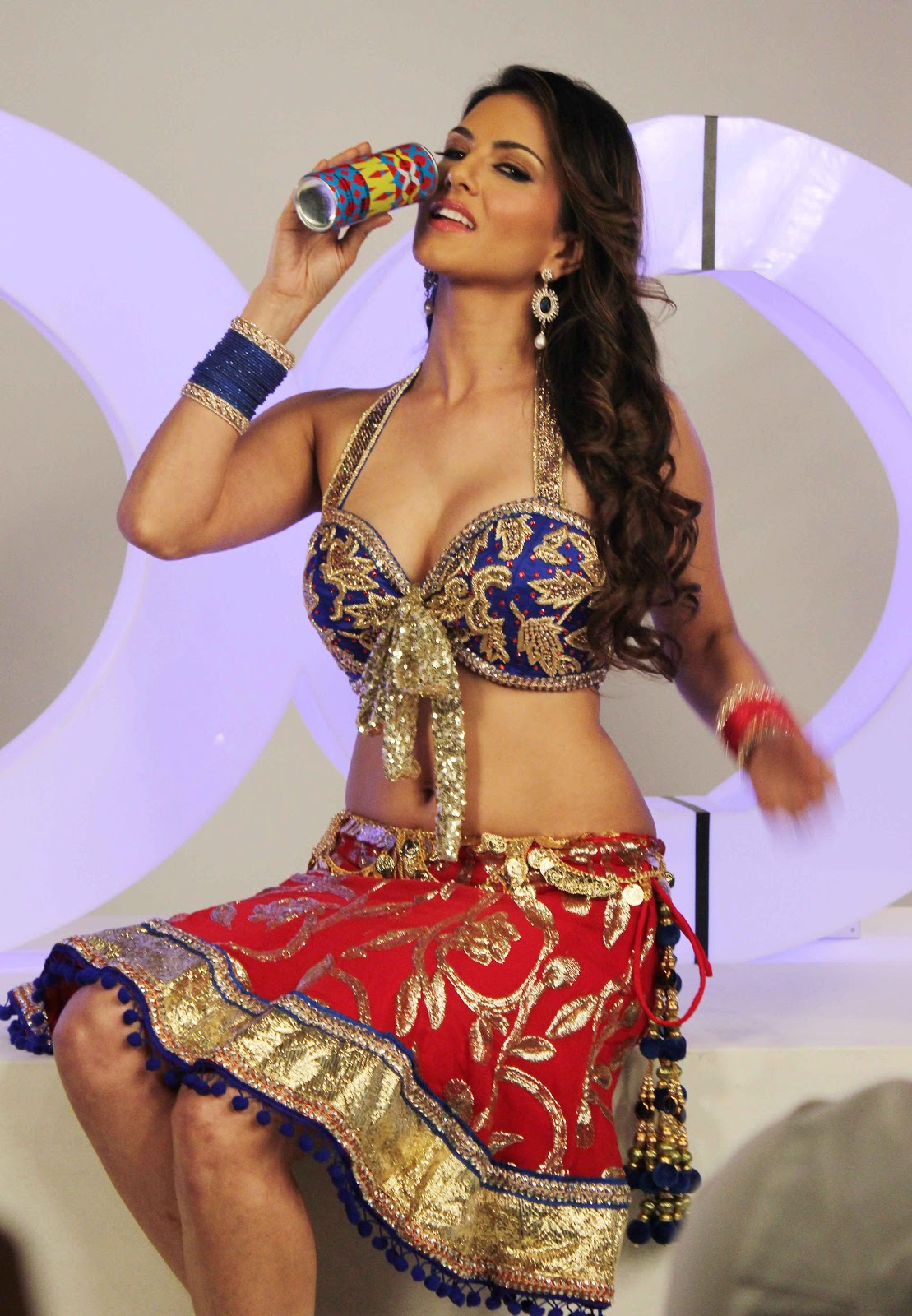 Bollywood World  Sunny Leone Latest Hot Photoshoot For X -7650