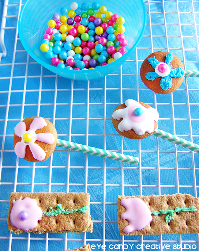 how to make flower graham cookies, pudding cups, spring bloom freebie