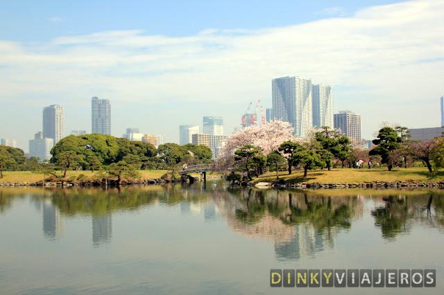 Estanque del Hama-rikyu Gardens