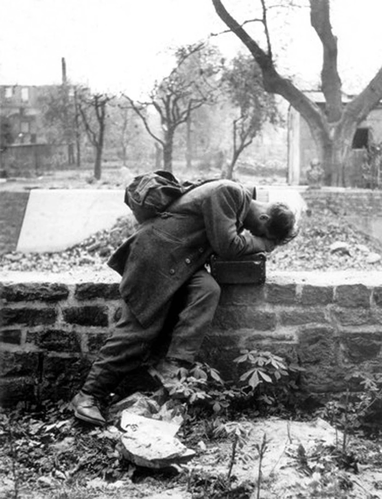 A German soldier returns home to Frankfurt am Main after the end of the War, 1946.
