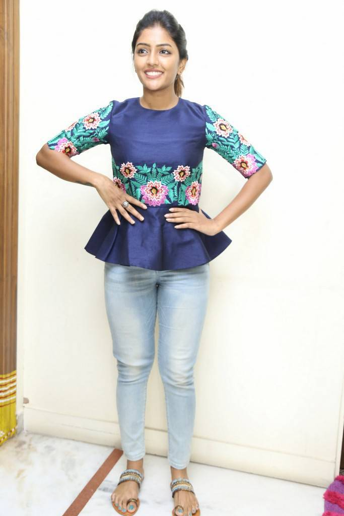 Eesha Natural Face Stills At Darshakudu Movie Interview
