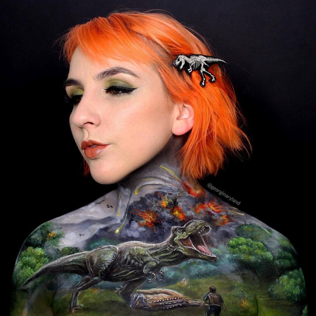 01-Trex-Chris-Pratt-Georgina-Ryland-Mehron-Makeup-Body-Painting-www-designstack-co