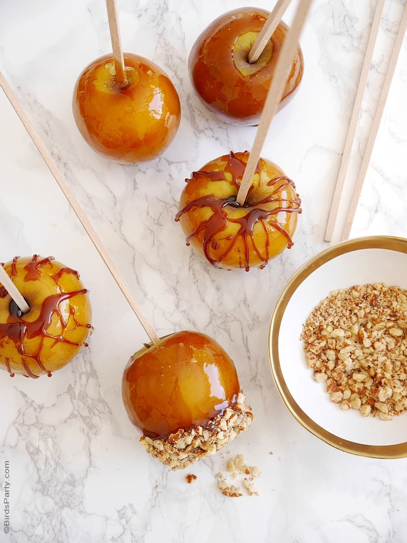 Crunchy Toffee Caramel Apples Recipe