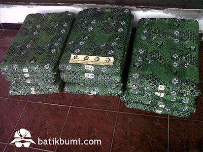 Batik perusahaan