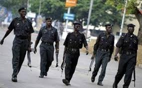 police Sergeant, Steal baby, hospital