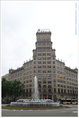 Barcelona; Conhecendo a Europa; sem guia; turismo na espanha; Passeig de Gràcia; Comércio exclusivo; Edifício Generali; fonte dos jardins de la Reina Victoria;