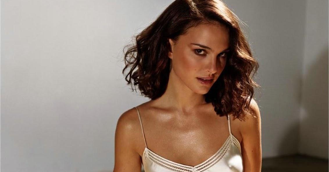 Natalie Portman Lingerie 12