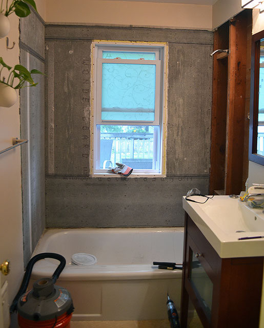 What Kind Of Paint Do I Use In A Bathroom: Mid Century Mrs: Tub Surround: Cement Board & Waterproofing