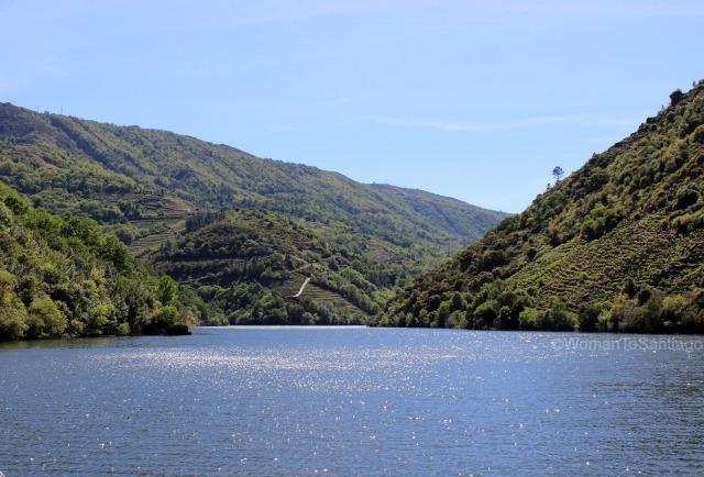 rio-sil-ribeira-sacra-camino-de-santiago-de-invierno