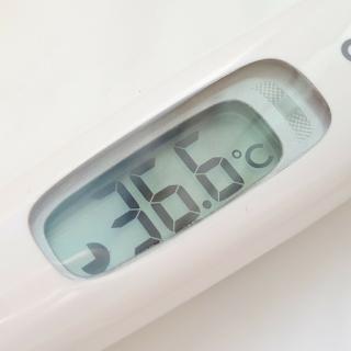O que significa intercalar os medicamentos para a febre?