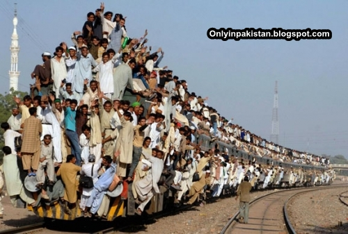Funny Pakistani  Overcrowded Train