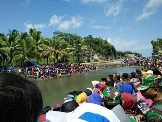 Pesta Adat Jalombong Meriahkan TMMD 102 Kepulauan Selayar. Ini Gambaran Giatnya