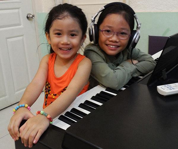 khoa hoc dan piano tai tphcm